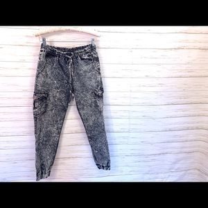 Baggy Ankle Cuffed Acid Wash Jeans